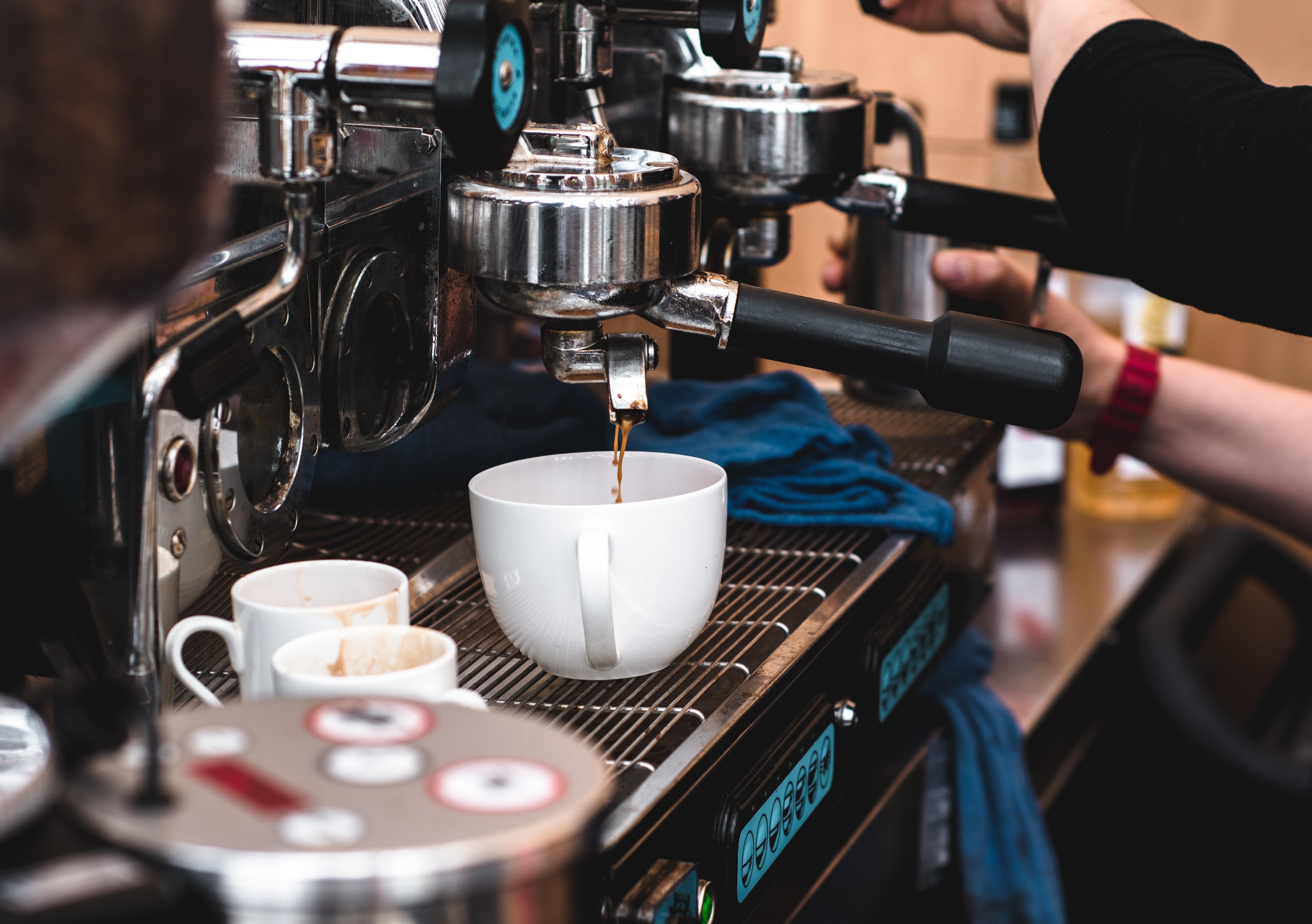 Hvad skal jeg overveje ved køb af en ny kaffemaskine?
